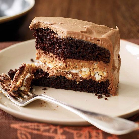 Crunchy Milk Chocolate Peanut Butter Layer Cake The Genius Of This Layer Cake Is Its Extraordinarily Crunchy Fill Chocolate Desserts Dessert Recipes Desserts