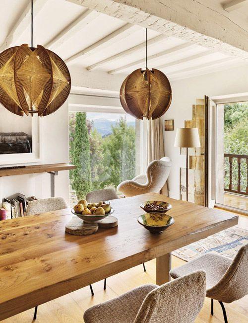 Una Antigua Casona En Cantabria Con Alma De Loft Nomadbubbles Decoracion Casas Rurales Casas Rurales Diseño De La Sala De Comedor