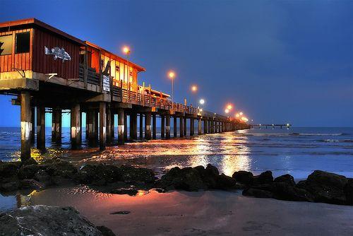 Galveston fishing pier in galveston texas texas beaches for Galveston fishing pier