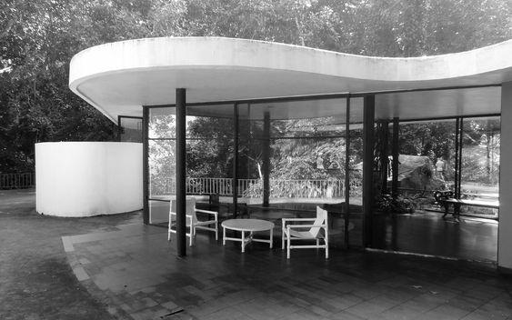 Clássicos da Arquitetura: Casa das Canoas,© flickr Frank van Leersum