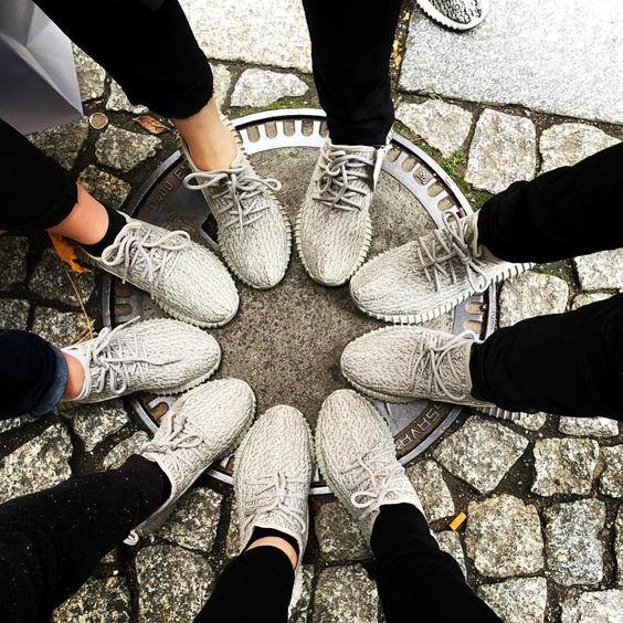 Yeezy Circle @huynho.1609  #YeezyTalkWorldwide by yeezytalkworldwide