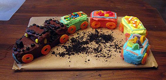 how to make a train cake betty crocker