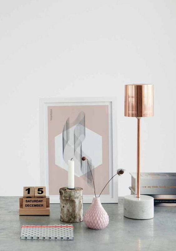 Love that amazing rose gold lamp!
