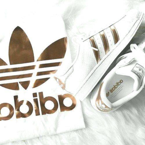 Addidas Adidas Superstar Jacke Damen in Schwarz Weiß