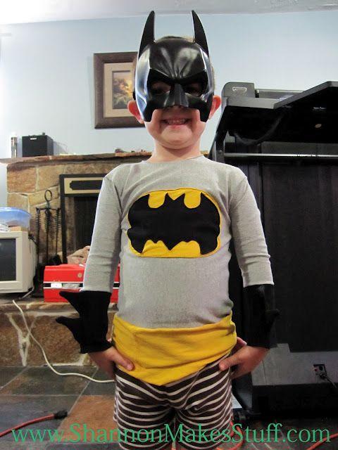 Shannon Makes Stuff - batman costume