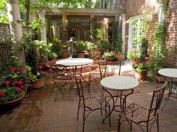 Beautiful courtyard design for Beautiful courtyard gardens