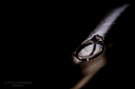Anillos de boda y compromiso. Engagement rings ideas. Más en www.albertosagrado.com