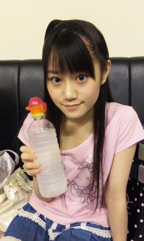 ペットボトルと小倉唯