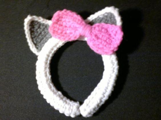 http://stitch11.com/free-cat-ear-pattern/