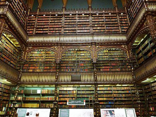 Real Gabinete Português de Leitura by Quasebart, via Flickr