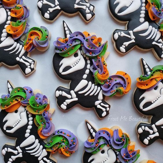 Halloween Sugar Cookies For 2020 That Ll Cast A Spooky Spell On