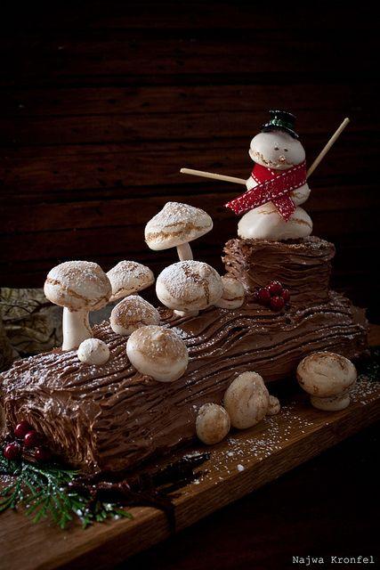 Buche de noel my favorite christmas dessert holiday for List of traditional christmas desserts