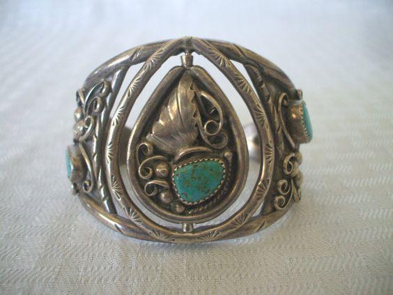 Unique Vintage NAVAJO Sterling Silver & TURQUOISE Spinner Cuff BRACELET