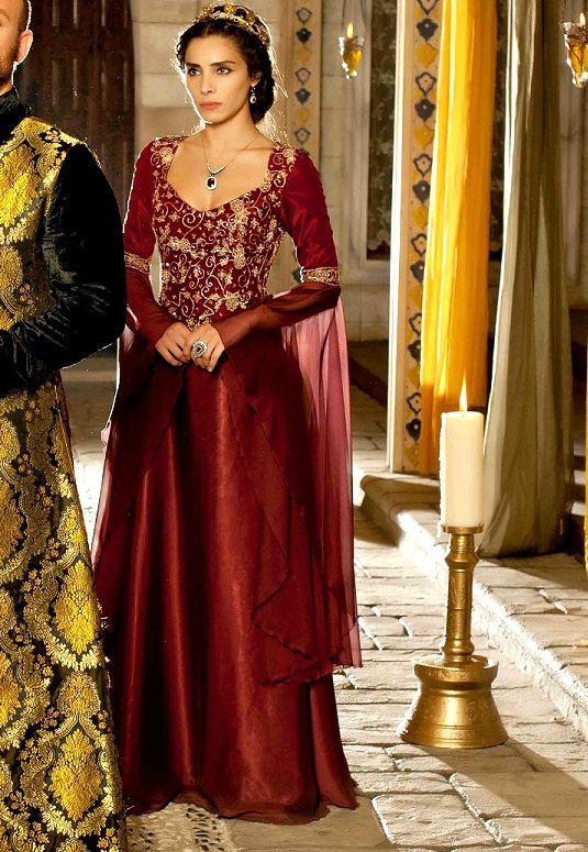 Osmanli Tarzi Abiye Modelleri Kadin Giyim Ve Moda Kadin Giyim Kadin Giyim