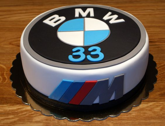 Bmw and g teaux on pinterest for Decoration gateau m m s