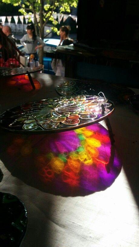 Luz Mandalas hechos en vidrio A Través del Color