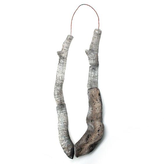 53 DICOTOMIAS -  Jordi Aparicio, necklace, silver: