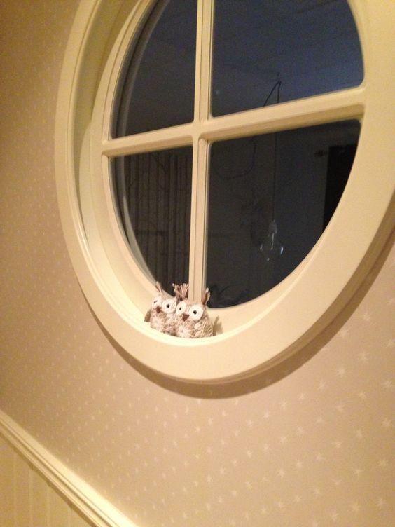 Fönster runda fönster : SmÃ¥ ugglor passar i vÃ¥rt runda fönster. Söta! Virkat efter mönster ...
