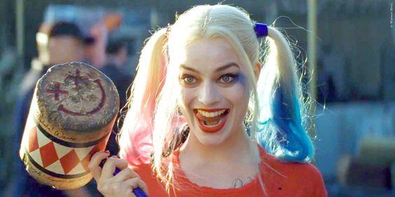 Margot Robbie darf die Hotpants noch mal anziehen! Nach ihrem Auftritt neben Will Smith und Jared Leto dreht sich der nächste Superschurken-Film nur um die schöne Australierin! Suicide Squad: Harley Quinn Solofilm in Planung ➠ https://www.film.tv/go/35351  #SuicideSquad #HarleyQuinn #MargotRobbie