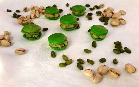 Macarons mit PistazienGanache - Powered by @ultimaterecipe
