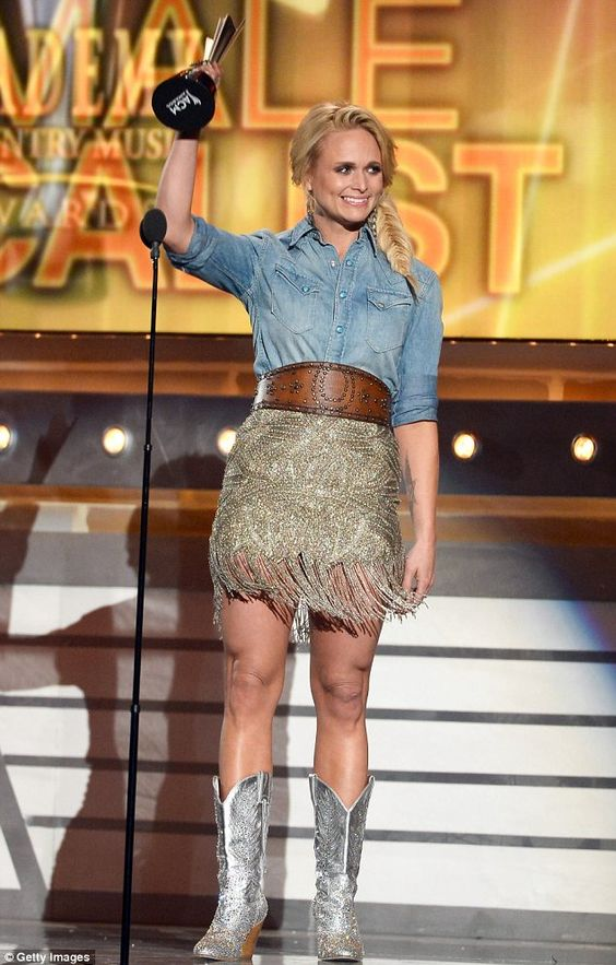 Miranda lambert changes outfits four times and cleans up for Academy of country music award for video of the year