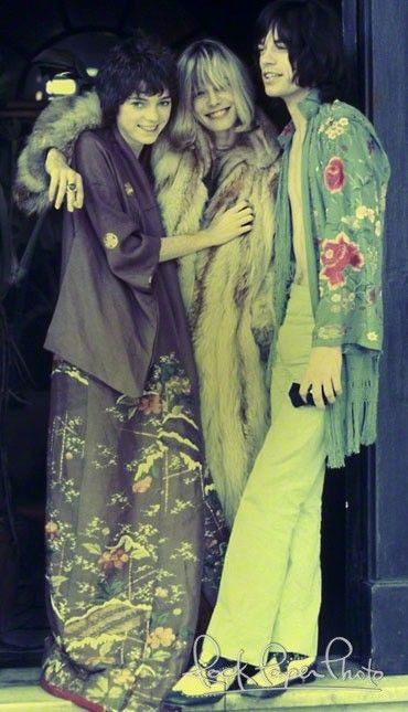 michele breton, anita pallenberg and mick jagger on the set of performance