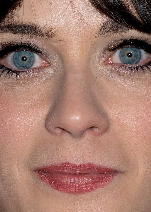 Celebrity Close Up Seeing Celeb Faces This Close Can Surprising Unflattering Photos With Acne Zooey Deschanel Face Close Up