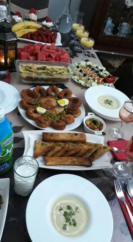 Table Algerienne مائدة أكل جزائرية أطباق جزائرية المطبخ الجزائري Food Yummy Food Yummy