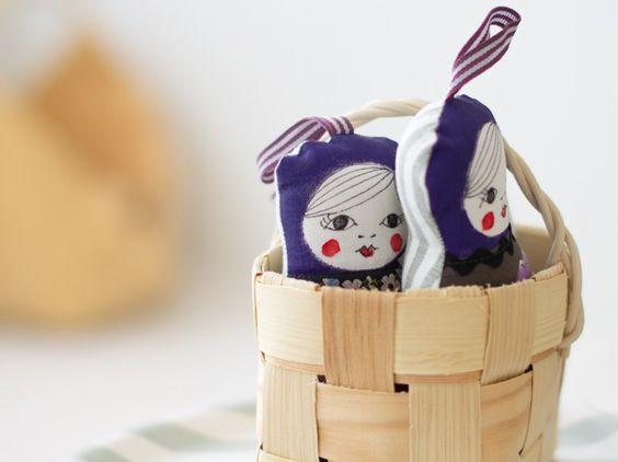 Textile decorative dolls by Anna Palasmaa. nama.fi