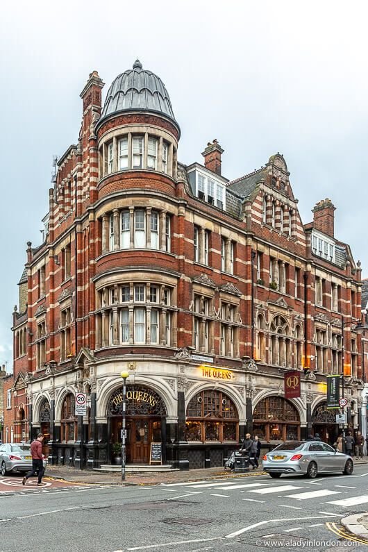 Crouch End, London - A Quick and Helpful Guide to the Area | Historical  buildings architecture, London buildings, London pubs