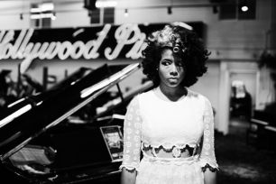 Kelis hits us with Jerk Ribs from her forthcoming album entitled Food.  The Producer leading the charge for Kelis Warrior ways is Dave Sitek.