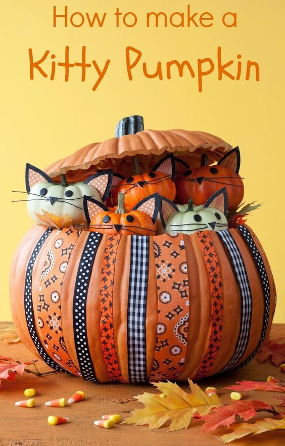 """We love this pumpkin decor idea! The """"purrfect"""" project for any cat lover!"""