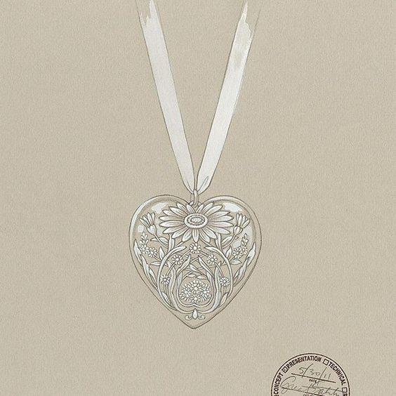 Inspired by the Tiffany jewels created exclusively for The Great Gatsby, this sketch for a Ziegfeld Collection locket features an enchanting daisy motif