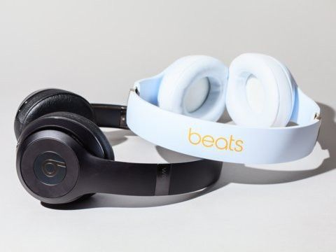 How To Connect Beats Wireless Headphones And Powerbeats Earbuds To Your Iphone Business Insider Apple Headphone Wireless Beats Headphones