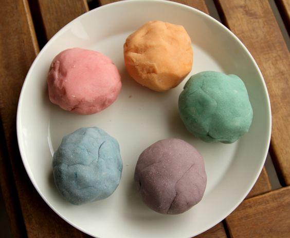 How to make natural play dough.