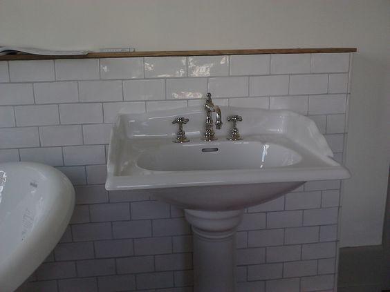 Waschtisch Mit Saule Waschtisch Badezimmer Tisch