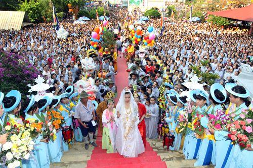 Lễ hội Quán Thế Âm - Lễ hội lớn tháng 2 âm lịch