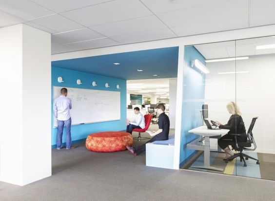 A relaxed team meeting space next to a quiet, individual