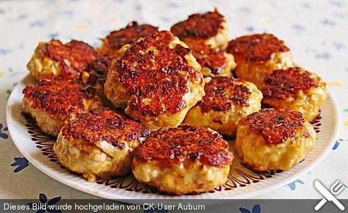 Käsefrikadellen mit Putenhackfleisch, ein raffiniertes Rezept aus der Kategorie Geflügel. Bewertungen: 76. Durchschnitt: Ø 4,4.