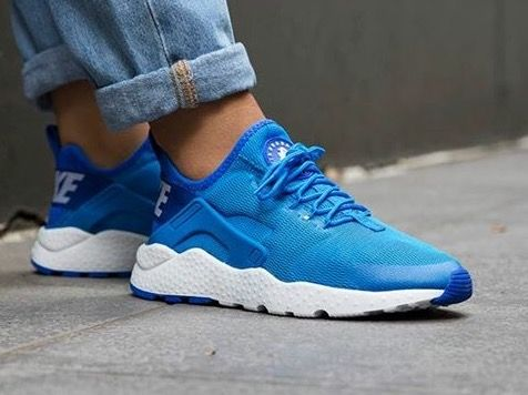 nike huarache ultra blue and white