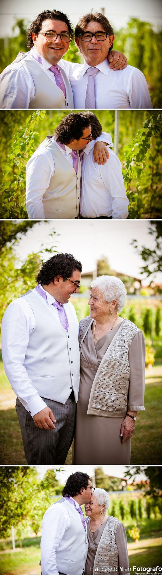 foto matrimonio celebrato presso la chiesa di lancenigo villorba treviso sposo presso il vigneto con papà e nonna