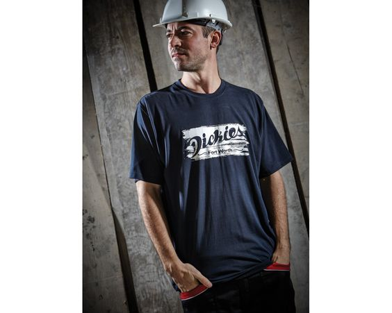 Our Dickies range of printed t-shirts offers both comfort and style. Shop now!