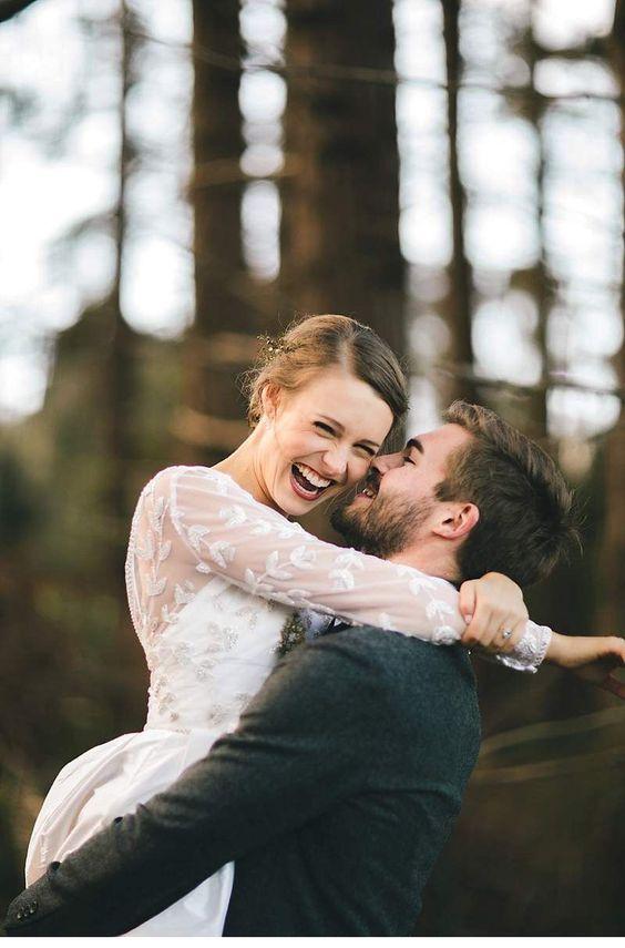 Worte können nicht beschreiben wie detailreich diese zauberhafte Hochzeit letztendlich war. Aber die strahlenden Gesichter von Joel und Rachel sprechen Bände!