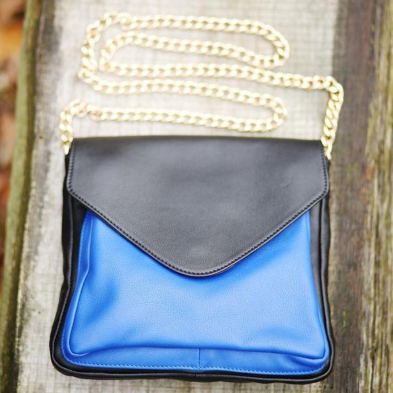 #beliya #wonder in blau - wunderschön in dieser Saison..  #upcycling #baglovers #handbags #bagtrends #greenposh