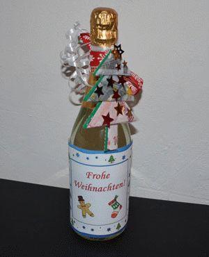 geldgeschenk zu weihnachten flasche mit geldscheinen. Black Bedroom Furniture Sets. Home Design Ideas