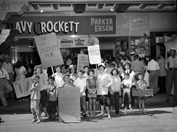 Davy Crockett fans; San Antonio, Texas, 1955