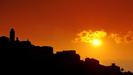 Région de Campuloru --  Cervioni Cervione Au Soleil levant