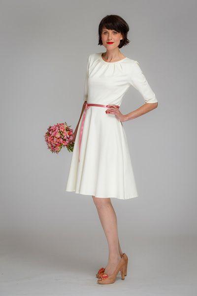 """Brautkleid """"Luzia"""" Tellerrock in creme // wedding dress by Hochzeitstage bei Jekyll und Kleid via DaWanda.com"""