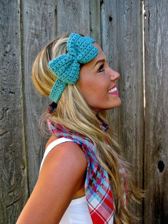 winter headband - I want one! and this girl is so cute love her hair!!!