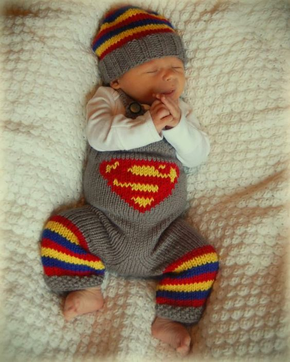 Superman Knitting Pattern : sahmnlove. newborn photography. superman. overalls. knitting. Photos Pint...